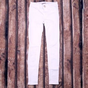 🎀3/$30 American Eagle White Skinny Jeans Size 00